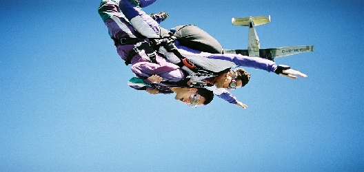Deportes de aventura en for Paracaidismo barcelona ofertas