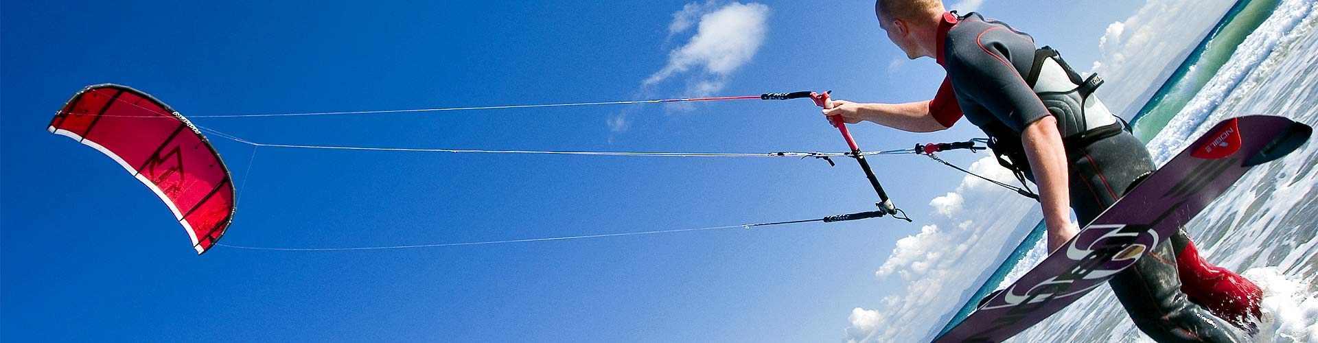 kitesurf en centrosdeportes de Paraños