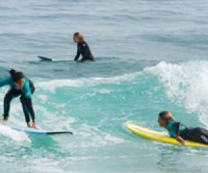 Empresa Art Surf Camp